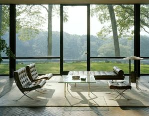 Barcelona Chair, Ludwig Mies van der Rohe, Źródło: Pinterest